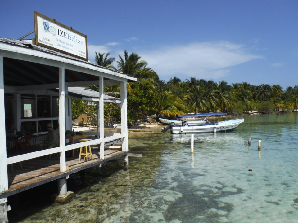 The IZE Dock at South Water Caye.